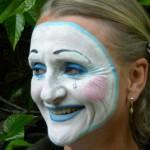 Ulrike als Pierrot lachend